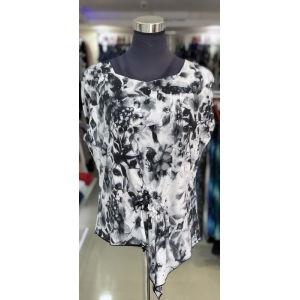 Grey Flower Short Sleeved Front Knot Top