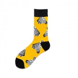 Calcetín con estampado Zebra y fondo amarillo