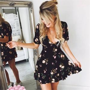 Vestido Floral con Escote V
