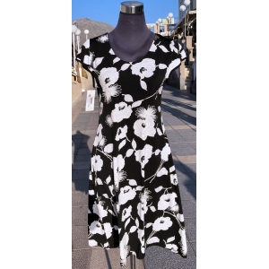 Black & White Flowers Dress