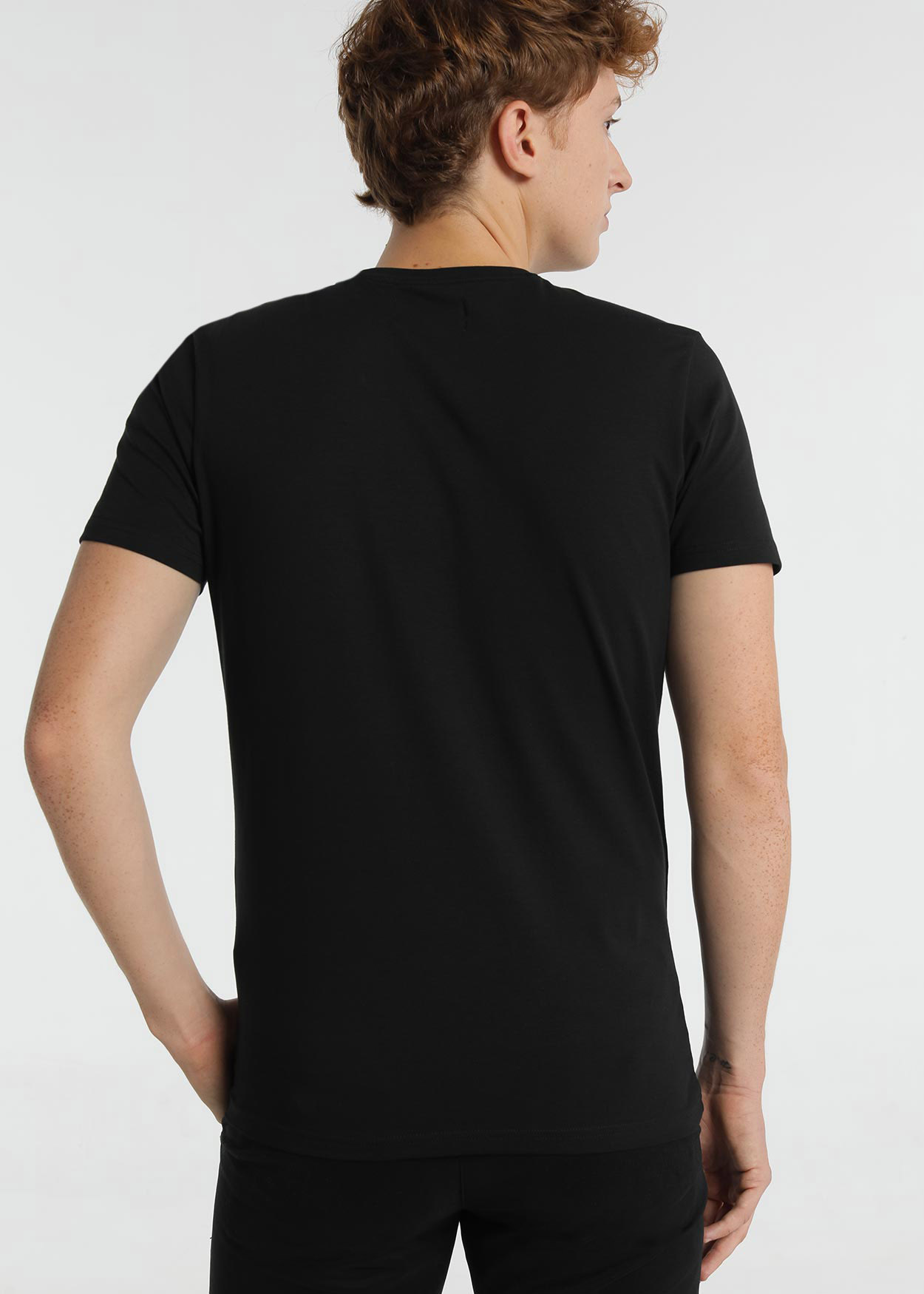 Six Valves Basic TShirt Black Back