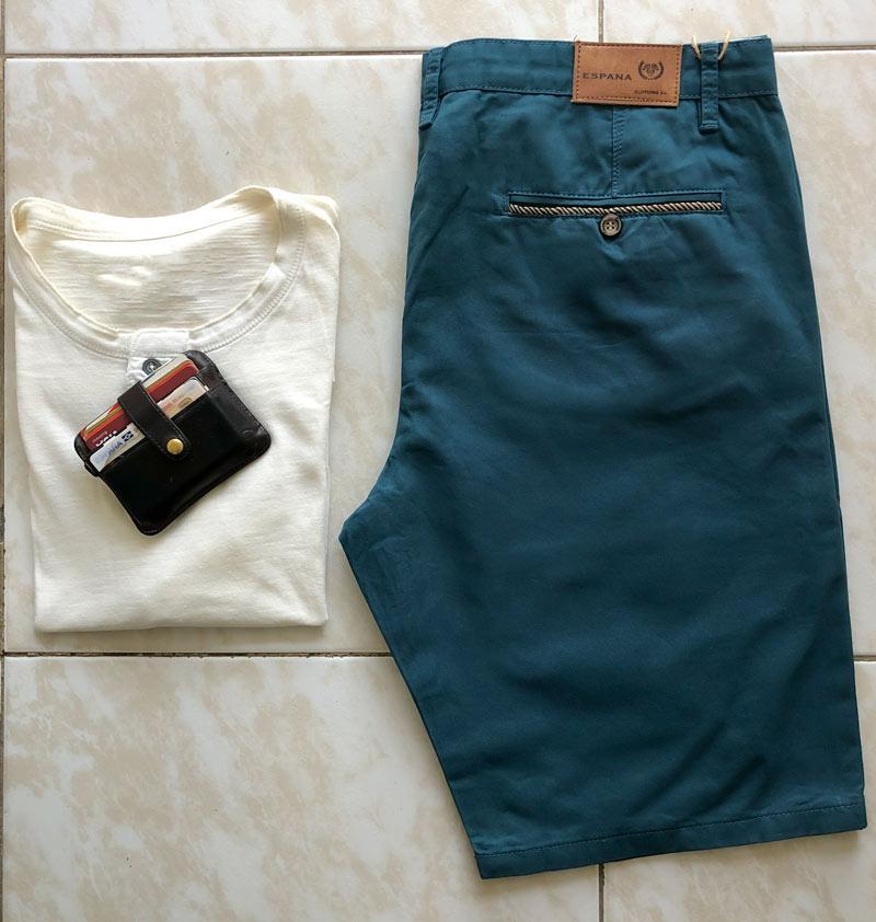 trasero shorts azul pavo real